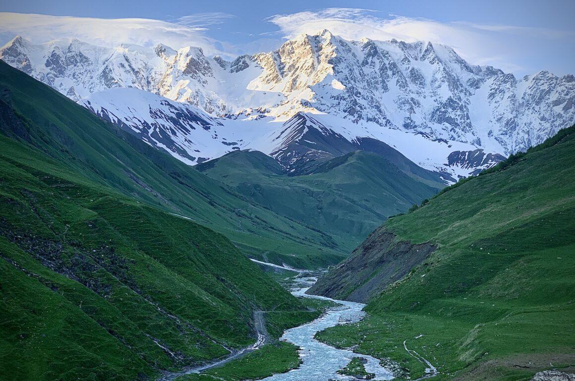 Eine unvergessliche Zeit in Svanetien mit viel Wanderreiten.